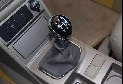 【汽车修理店加盟】手动变速器异响的原因判断和维修措施
